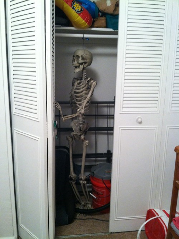 Every Dad's Favorite Halloween Decoration ShareShow Dropdown
