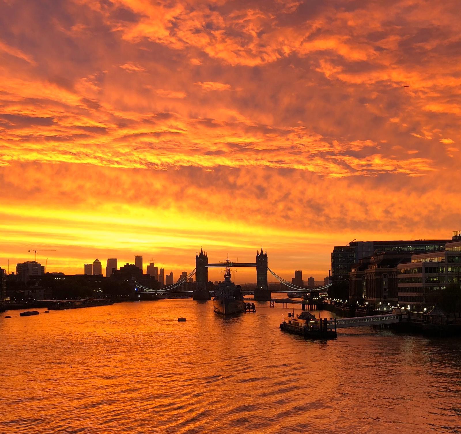 Taken from London Bridge. 7am Monday.